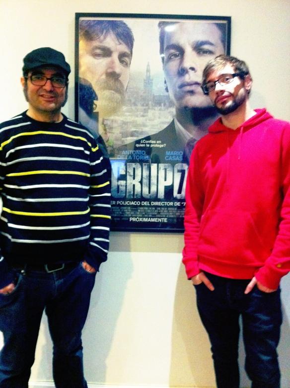 Pelayo Gutiérrez junto a su ayudante y editor de diálogos César Molina.