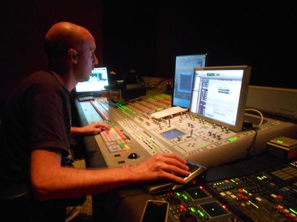 El Mezclador de Re-grabación, Nicolás de Poulpiquet.