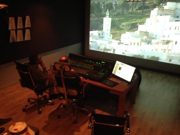Durante la etapa de pre-mezclas en los Estudios Coser y Cantar, en Barcelona.
